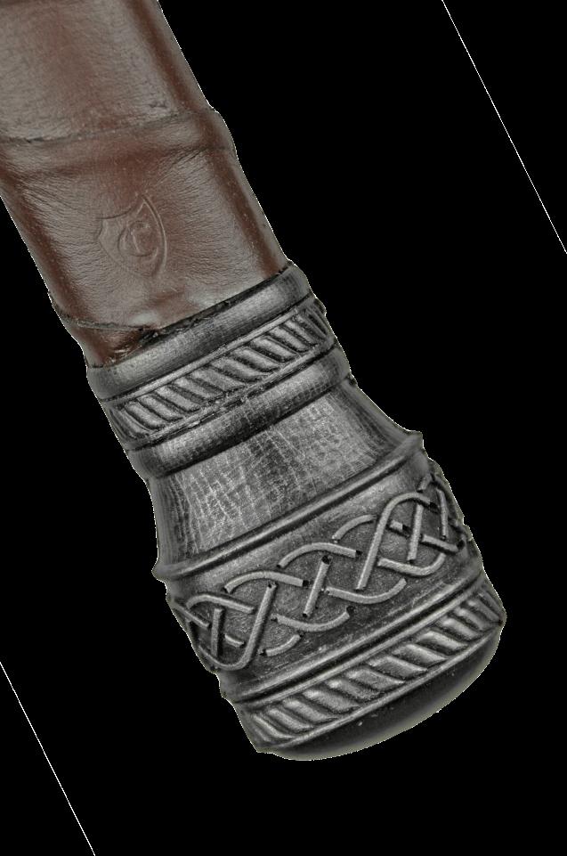 Pommel detail 1